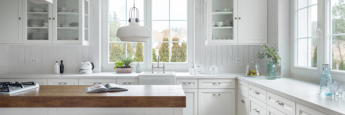 Glass-Kitchen-Cabinet-Doors